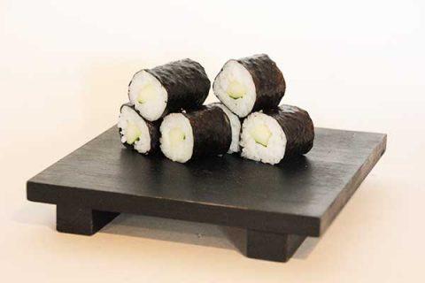 Maki de pepino en redsushi