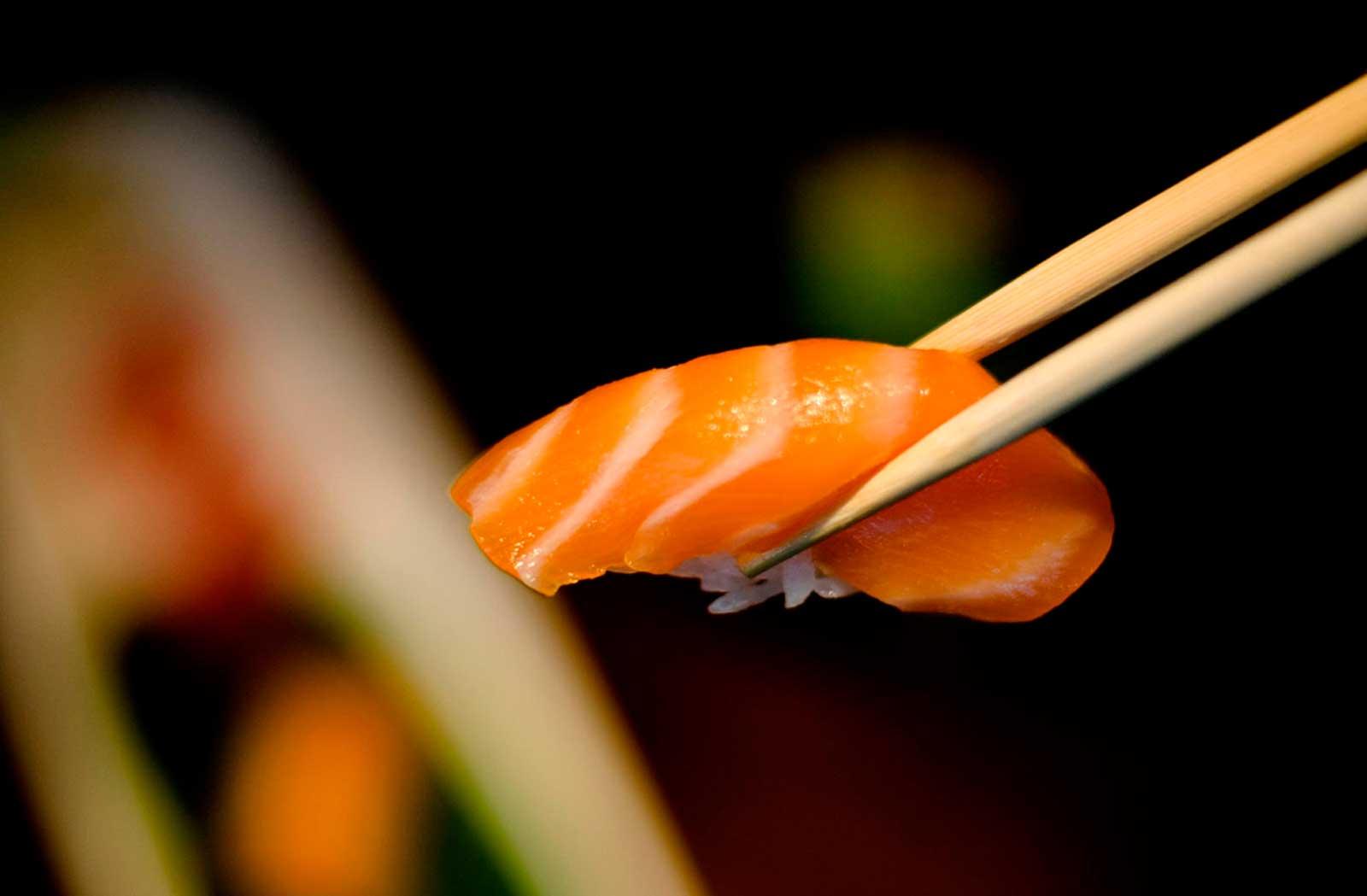 Sashimi salmon fons en redbar sushi